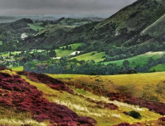 long-mynd-zoomed-out-greyer-very-very-long_23
