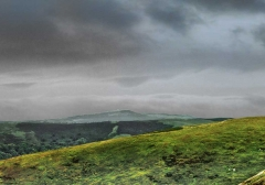 long-mynd-zoomed-out-greyer_21
