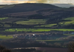 view-over-ludlow-from-titterstone-clee-darker-lovers_28