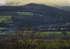 view-over-ludlow-from-titterstone-clee-darker-lovers_29