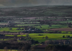 view-over-ludlow-from-titterstone-clee-darker-lovers_33