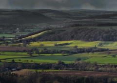 view-over-ludlow-from-titterstone-clee-darker-lovers_34