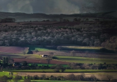 view-over-ludlow-from-titterstone-clee-darker-lovers_36