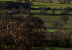 view-over-ludlow-from-titterstone-clee-darker-lovers_45
