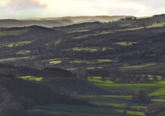 view-over-ludlow-from-titterstone-clee-darker_26