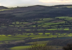 view-over-ludlow-from-titterstone-clee-darker_27
