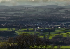 view-over-ludlow-from-titterstone-clee-darker_31