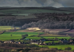 view-over-ludlow-from-titterstone-clee-darker_35