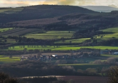 view-over-ludlow-from-titterstone-clee-lighter-lovers_03_28