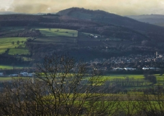 view-over-ludlow-from-titterstone-clee-lighter-lovers_03_29