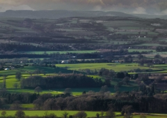 view-over-ludlow-from-titterstone-clee-lighter-lovers_03_32