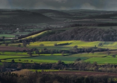 view-over-ludlow-from-titterstone-clee-lighter-lovers_03_34