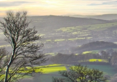 view-over-ludlow-from-titterstone-clee_25