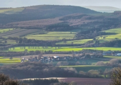 view-over-ludlow-from-titterstone-clee_28