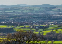 view-over-ludlow-from-titterstone-clee_31