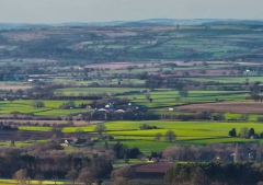 view-over-ludlow-from-titterstone-clee_33