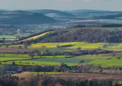 view-over-ludlow-from-titterstone-clee_34
