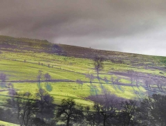 clee-hill-man-grayer-sky-in-diff-skies_28