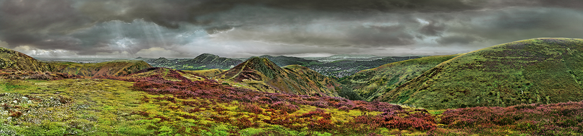 Long Mynd to Church Stretton - zoomed out - greyer